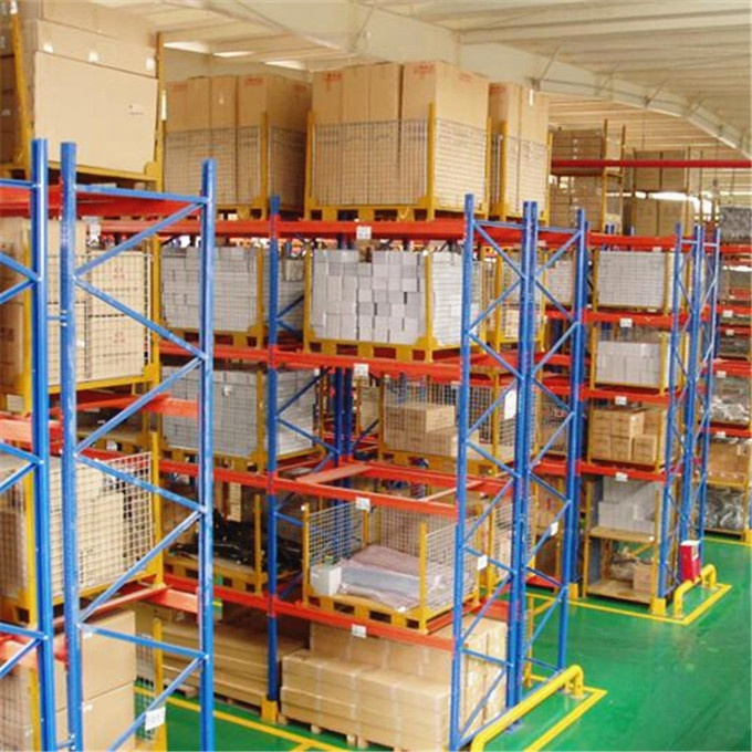 High Performance Heavy Duty Selective Pallet Racking For Logistic System